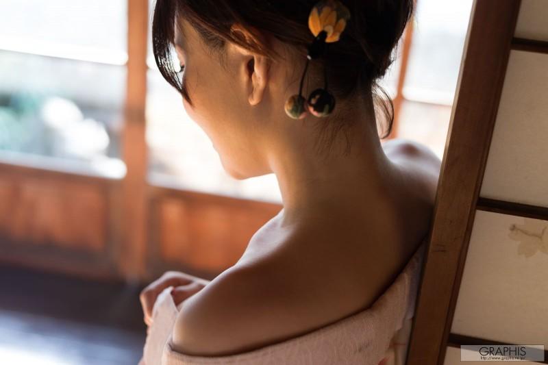 yuria-satomi-nude-kimono-graphis-03