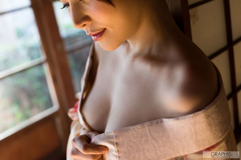 yuria-satomi-nude-kimono-graphis-05
