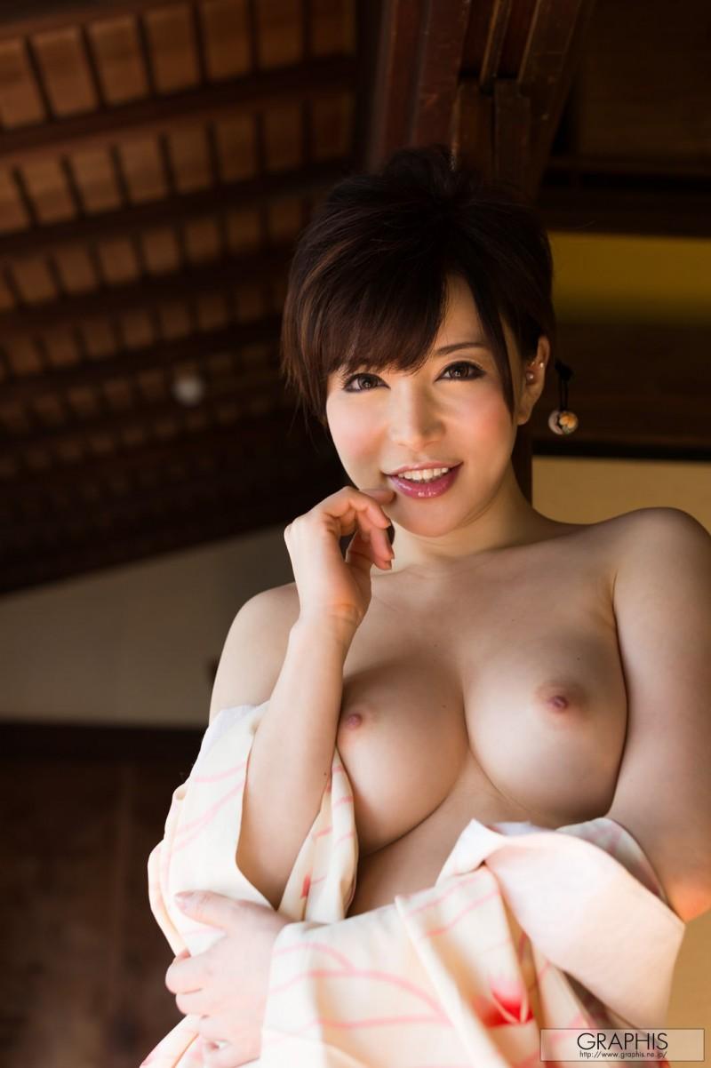 yuria-satomi-nude-kimono-graphis-06