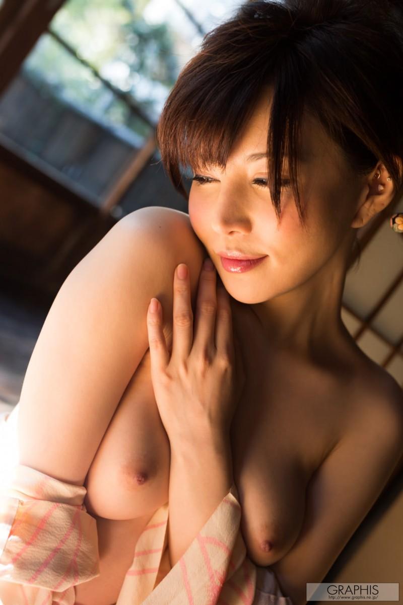 yuria-satomi-nude-kimono-graphis-10