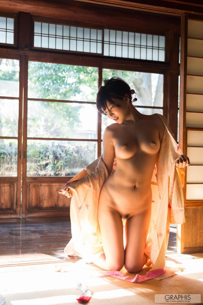 yuria-satomi-nude-kimono-graphis-12