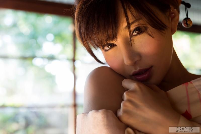 yuria-satomi-nude-kimono-graphis-14