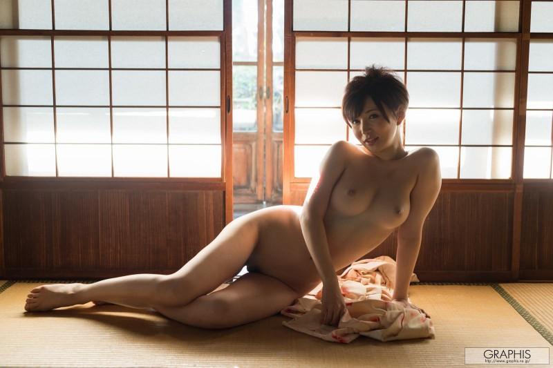 yuria-satomi-nude-kimono-graphis-22