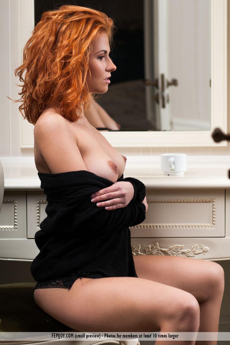 jenaya-s-redhead-coffee-nude-femjoy-03