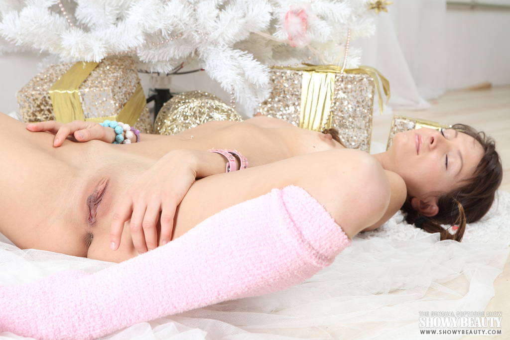 albina-christmas-tree-naked-terry-socks-showybeauty-20