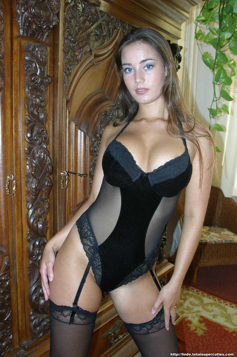 Zoe Vialet Naked 119