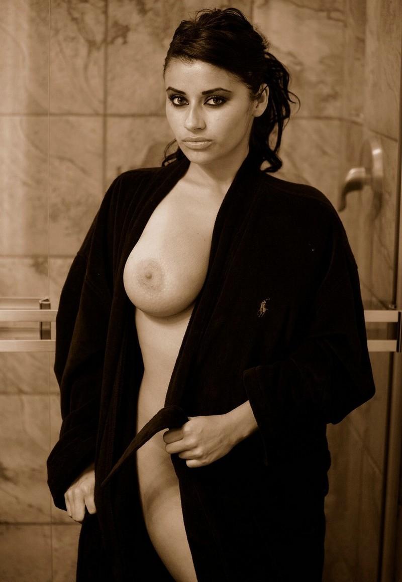 Alexa Loren