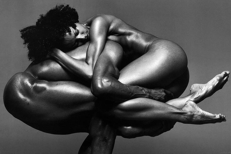 cherno-beloe-foto-erotika-parni