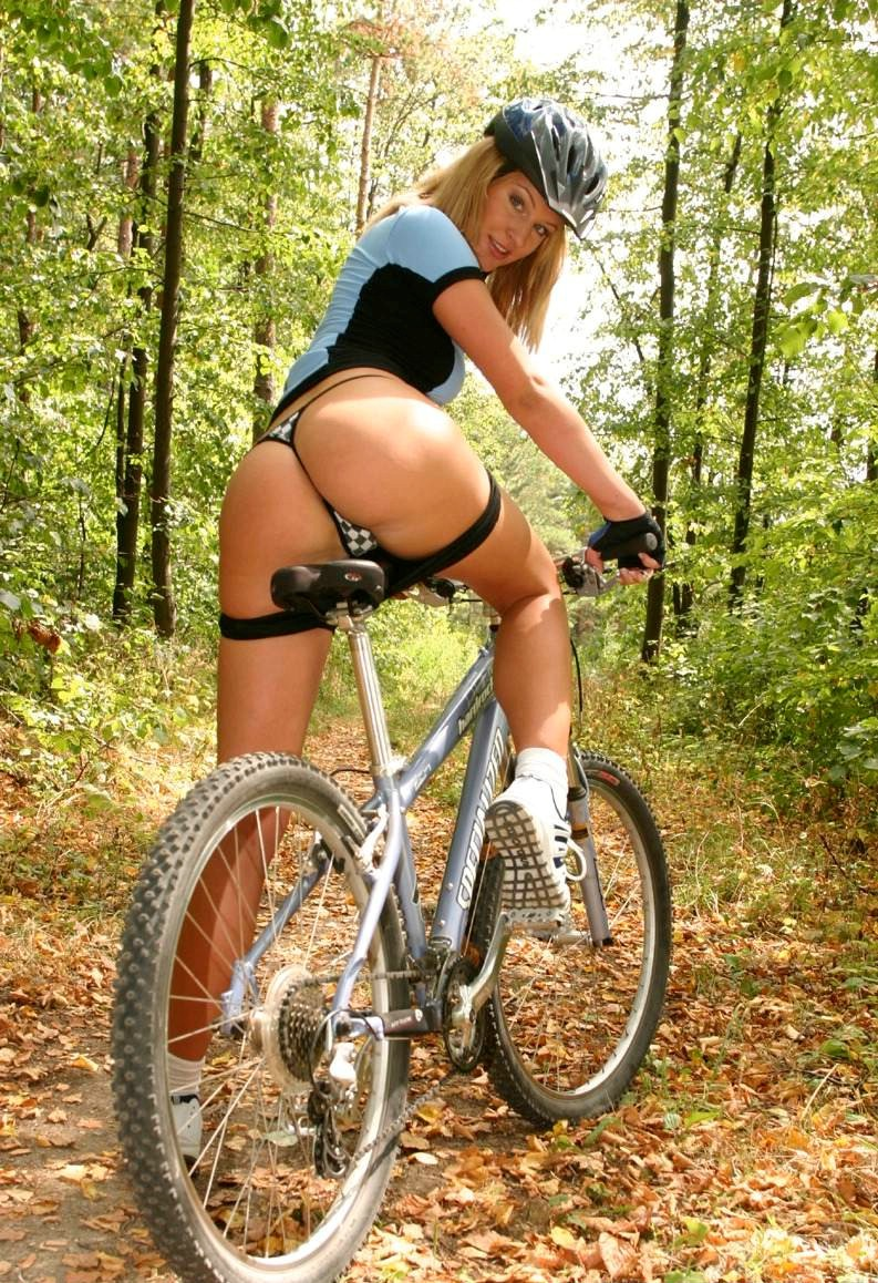 Nude cyclist girl