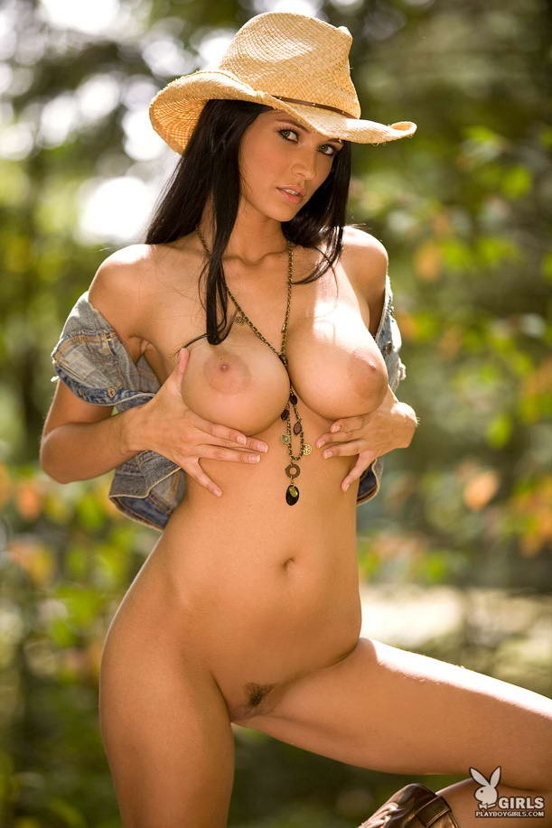 Naked hot country girls