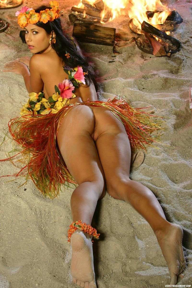 sexy hawaiian naked girls