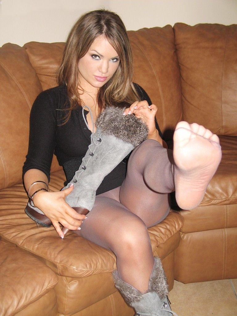 Hot chick in pantyhose