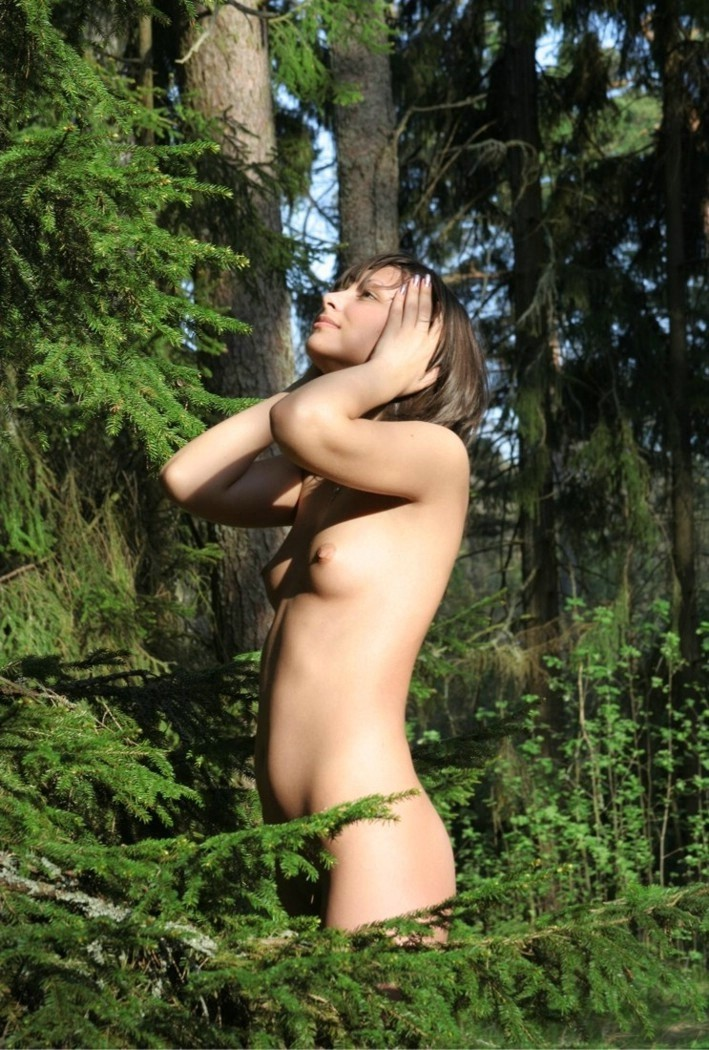 girl naked in woods