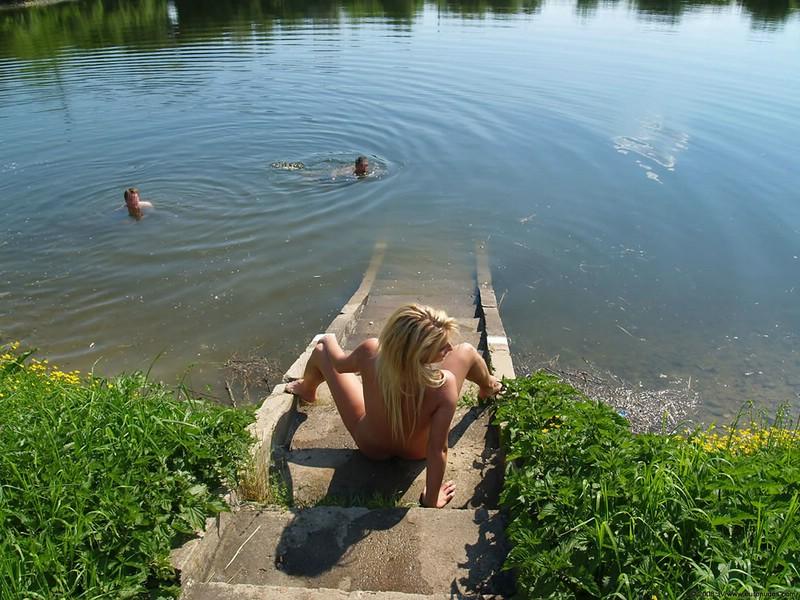 Nude walk to the lake