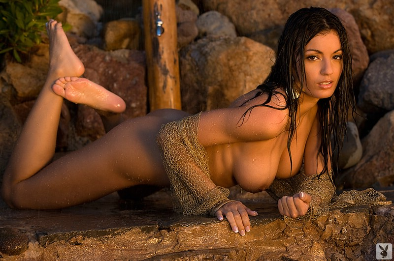 jo-garcia-wii-fit-video-topless