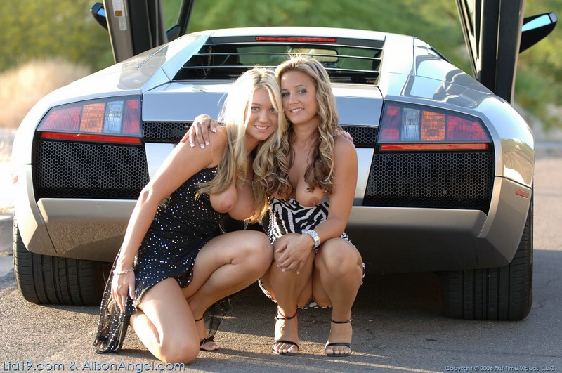 Two girls and Lamborghini