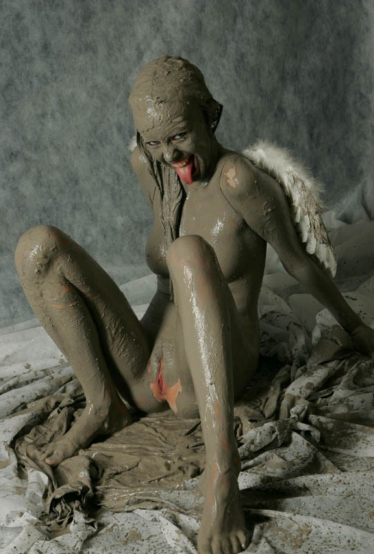nude nature girl mud