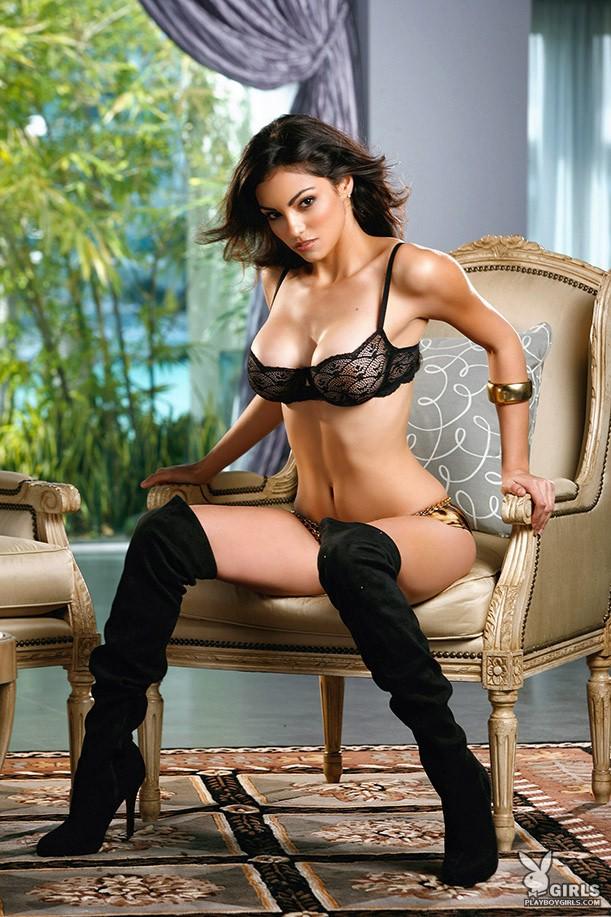 Nadia Moore