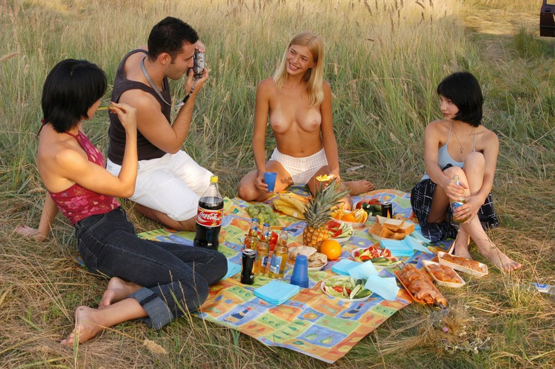 Picnic with friends