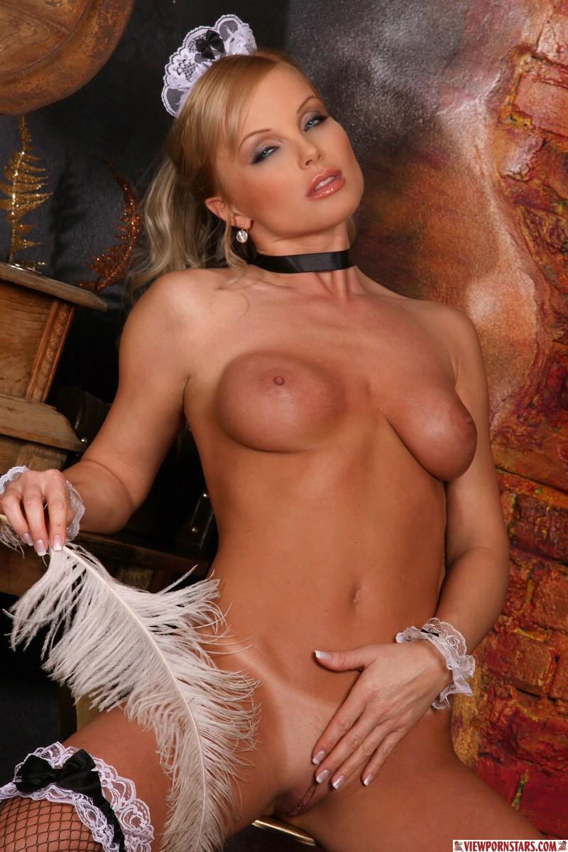 Секс с красивой порно звездой сильвия сайнт 4 фотография