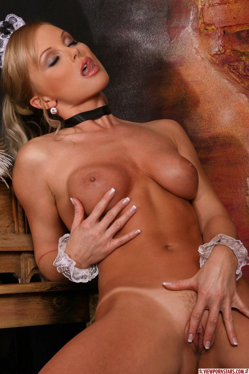 Фото кунилингуса с порно звездой сильвией 4 фотография