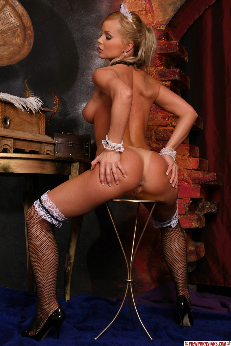 Silvia saint french maid words
