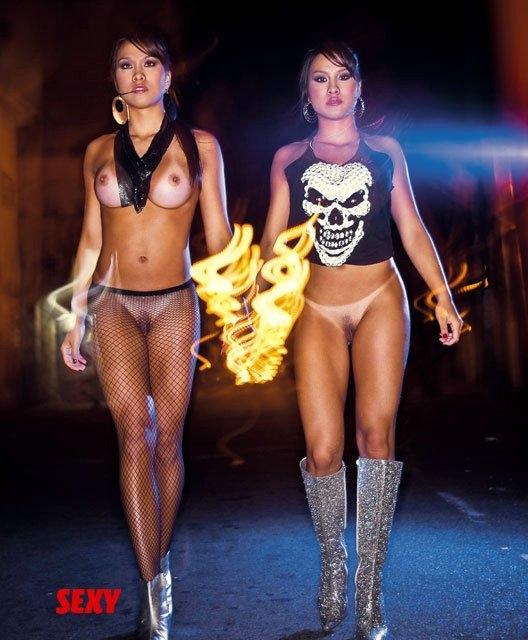Talita and Tamires