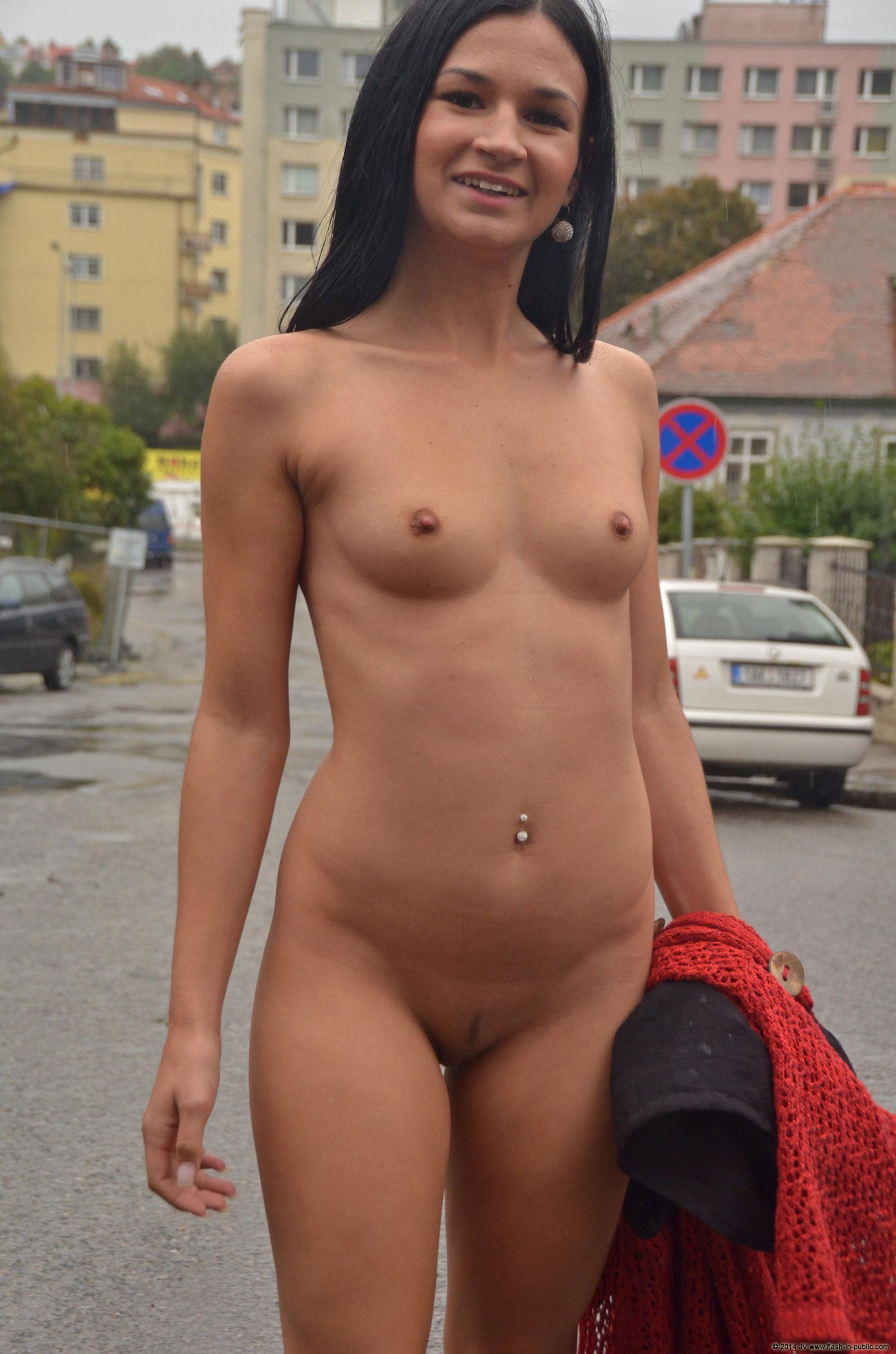 adela-brunette-nude-rain-wet-flash-in-public-25
