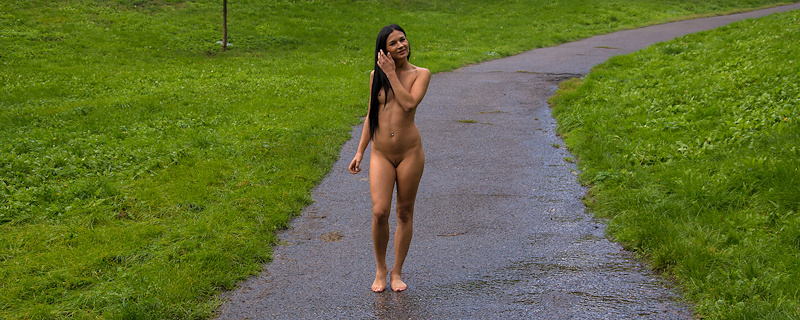 Adela walking without clothes