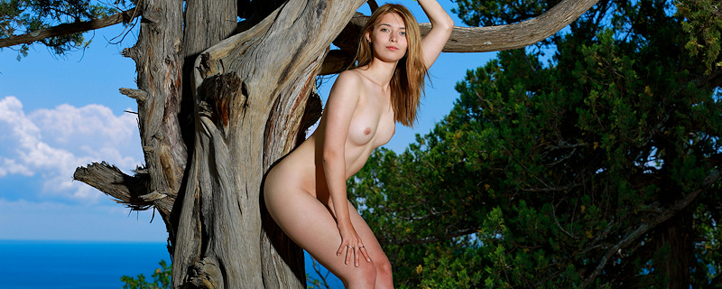 Adele Shaw naked on the hill