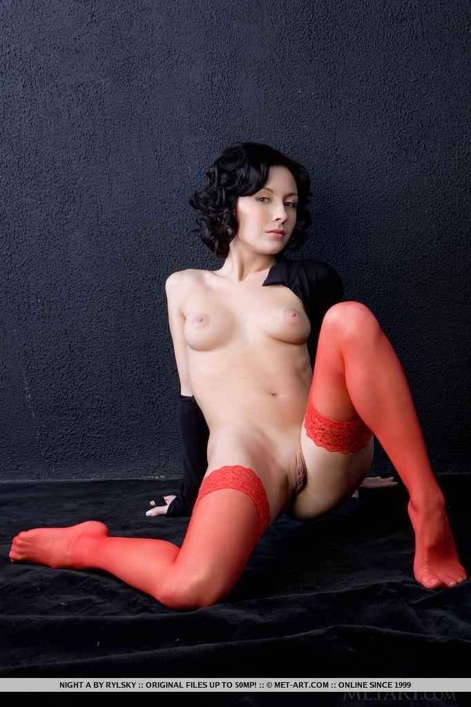 night-a-naked-red-stockings-metart-11