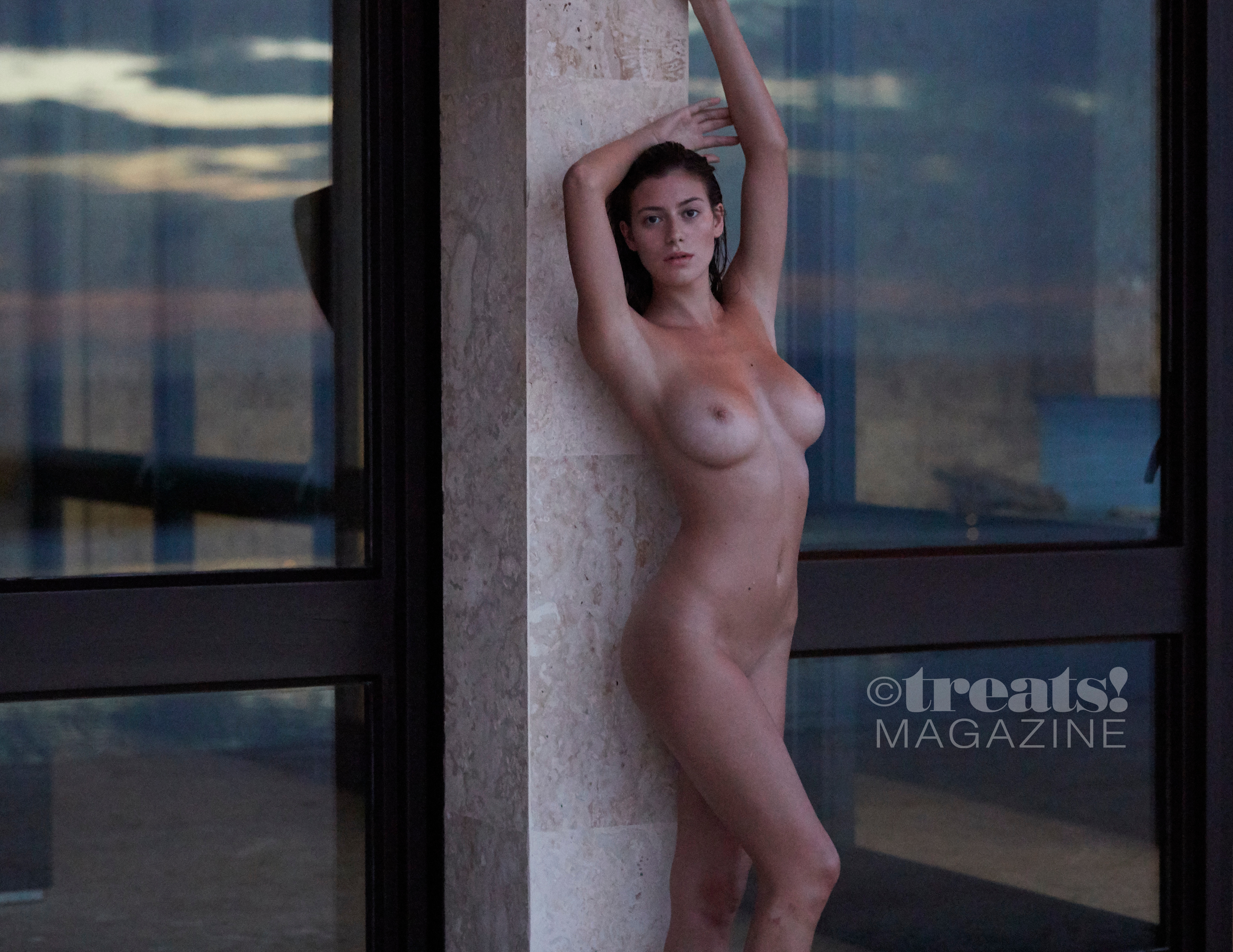 alejandra-guilmant-perfect-nude-body-erotic-treats-magazine-by-david-bellemere-20