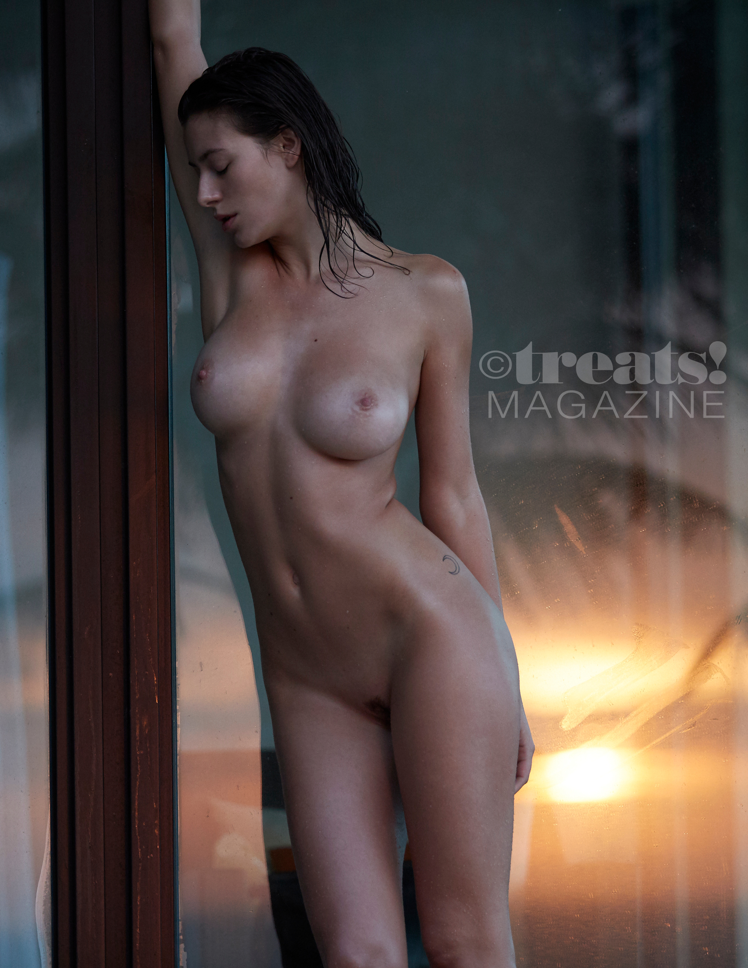 alejandra-guilmant-perfect-nude-body-erotic-treats-magazine-by-david-bellemere-21