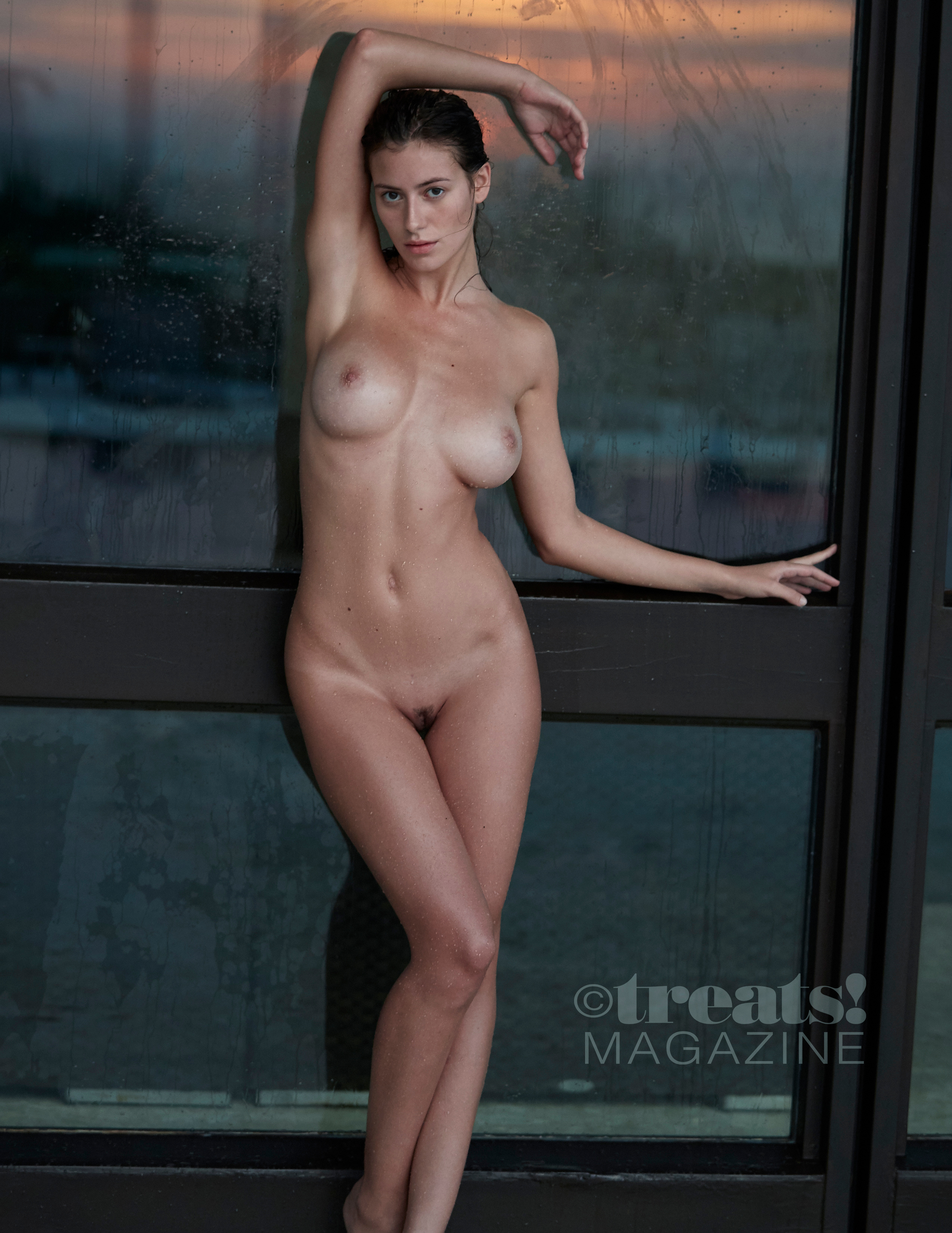 alejandra-guilmant-perfect-nude-body-erotic-treats-magazine-by-david-bellemere-28