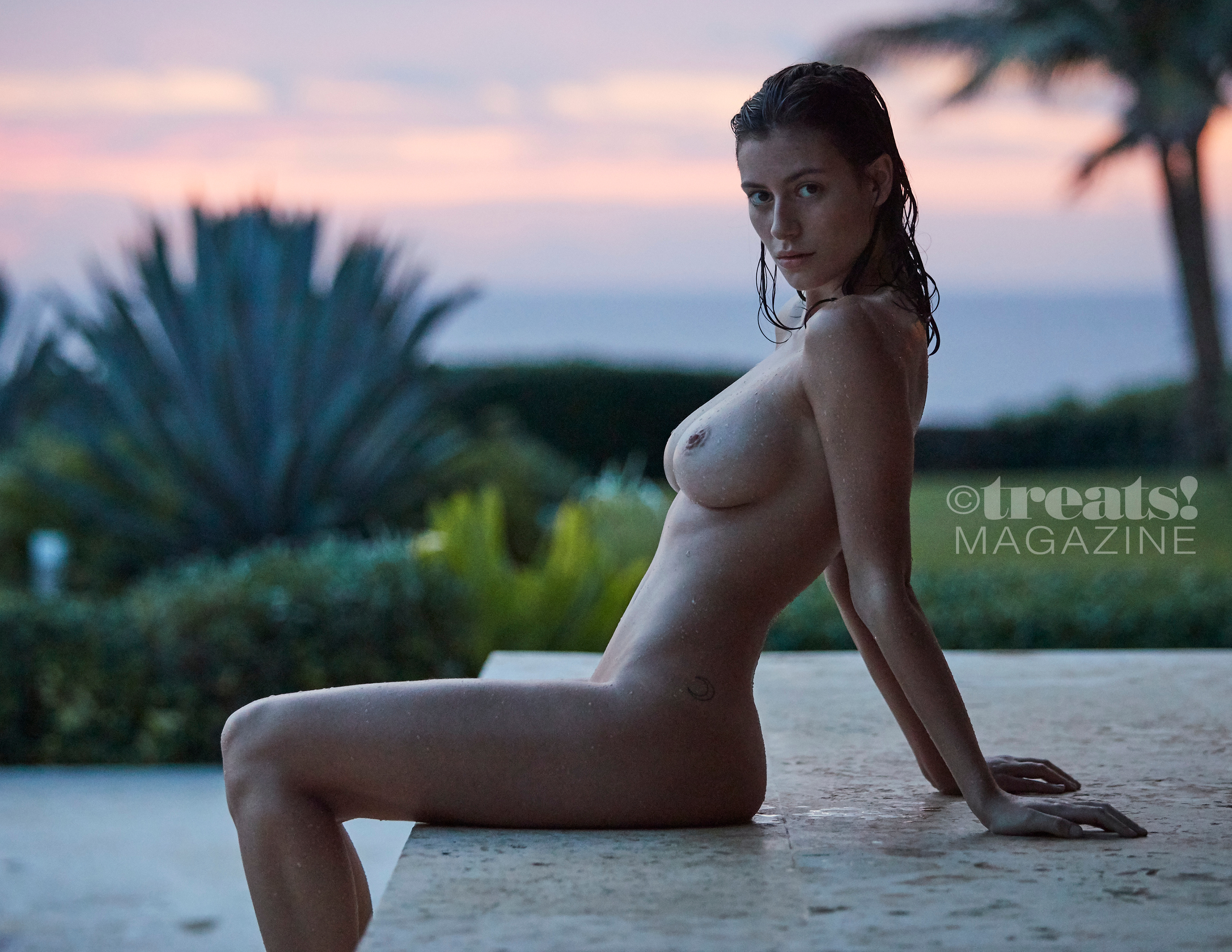 alejandra-guilmant-perfect-nude-body-erotic-treats-magazine-by-david-bellemere-41