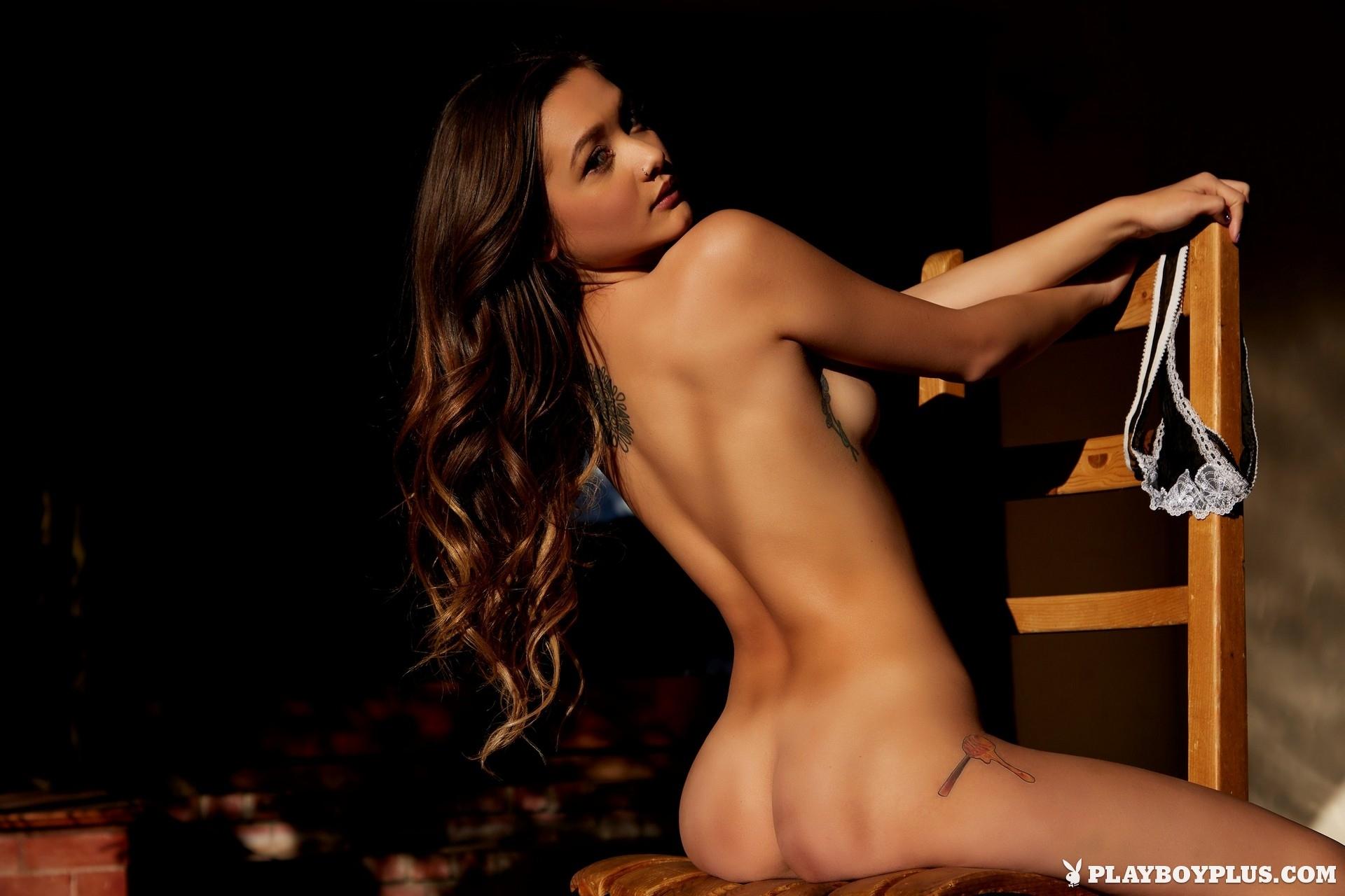 alex-de-la-flor-black-nighty-hairy-pussy-nude-playboy-28