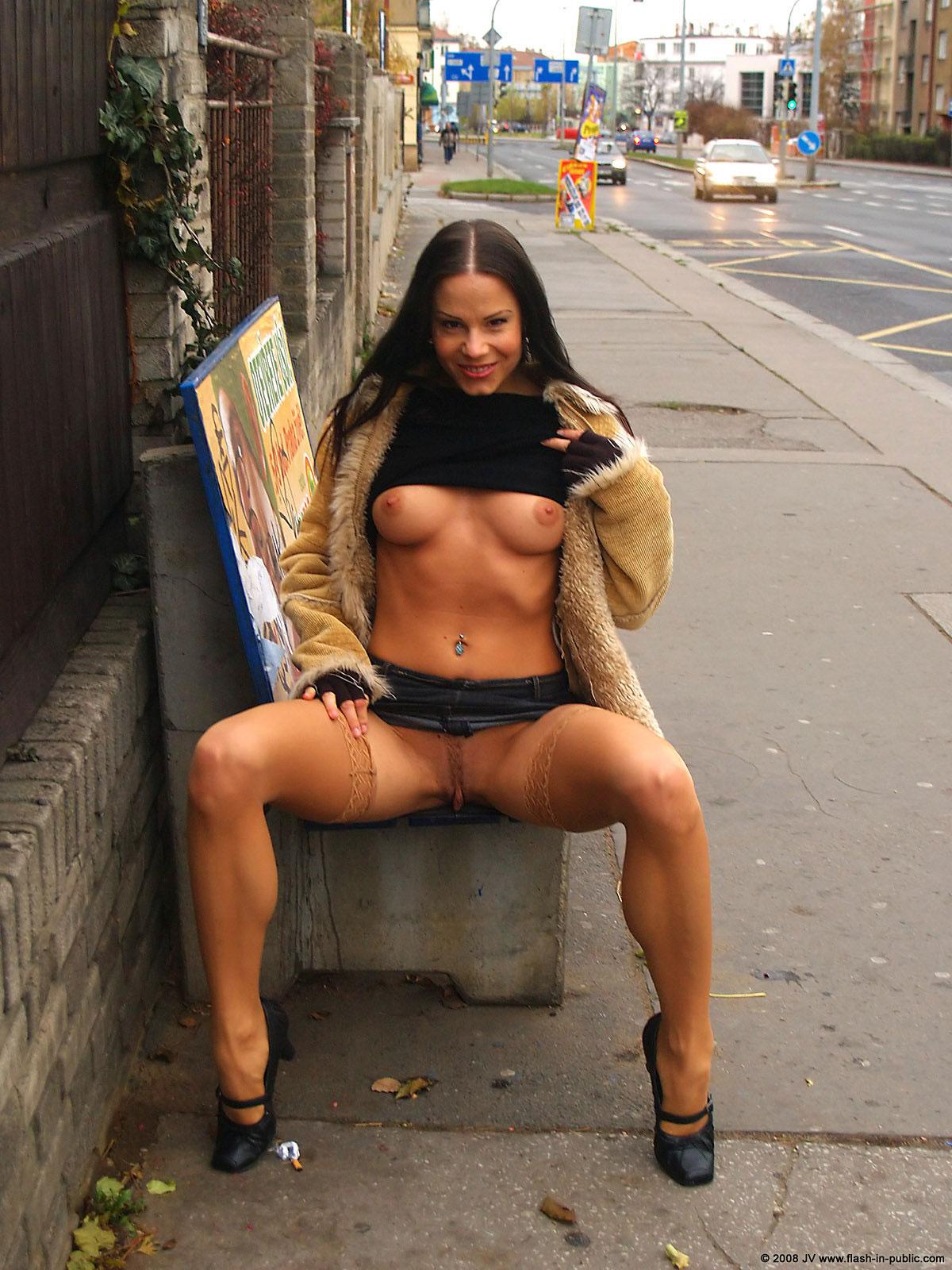 alexandra-g-bottomless-stockings-flash-in-public-02