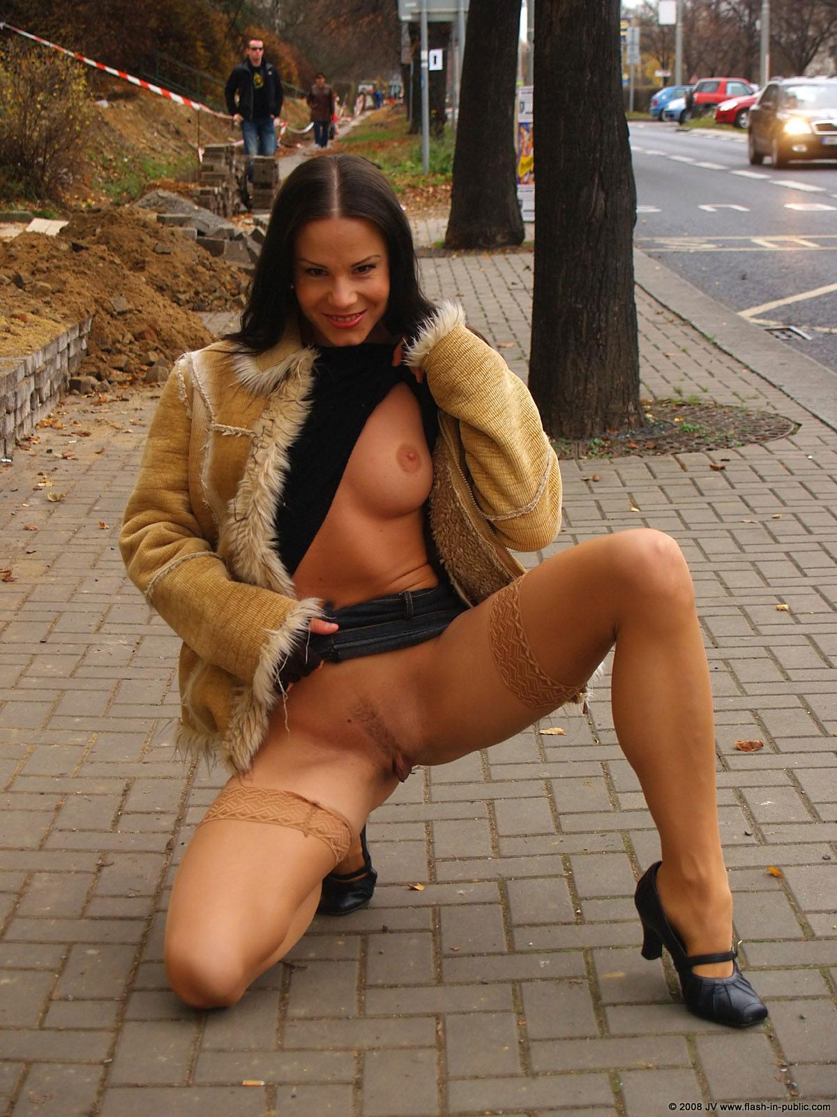 alexandra-g-bottomless-stockings-flash-in-public-10