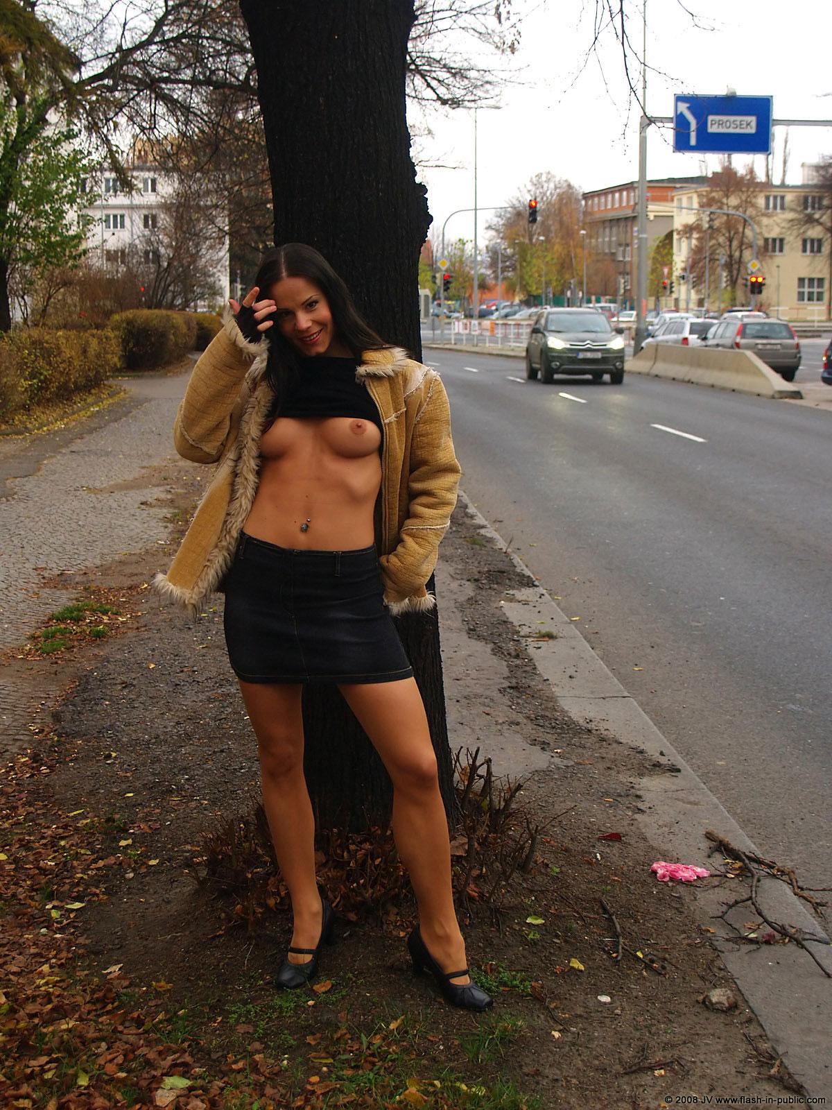 alexandra-g-bottomless-stockings-flash-in-public-22
