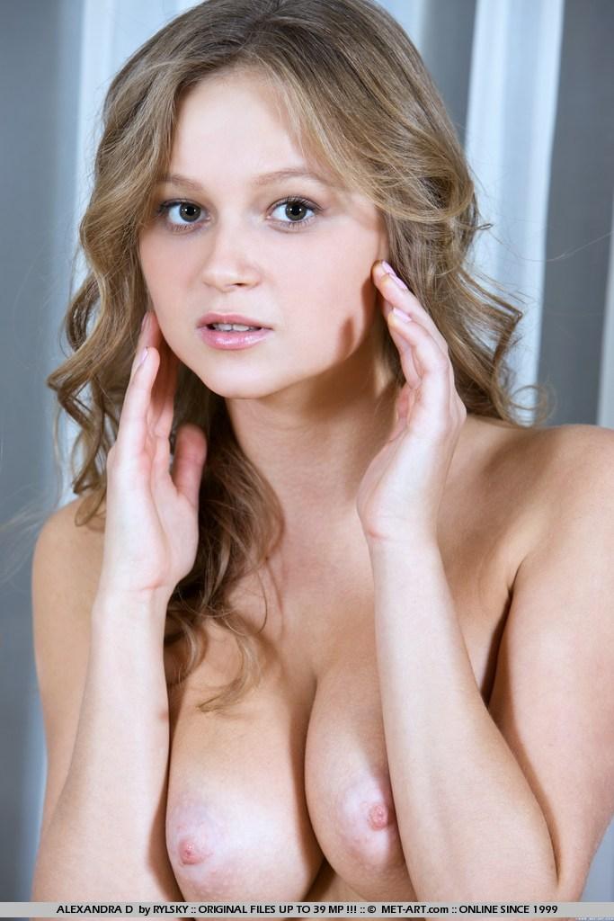 alexandra-d-nude-leg-warmers-metart-10