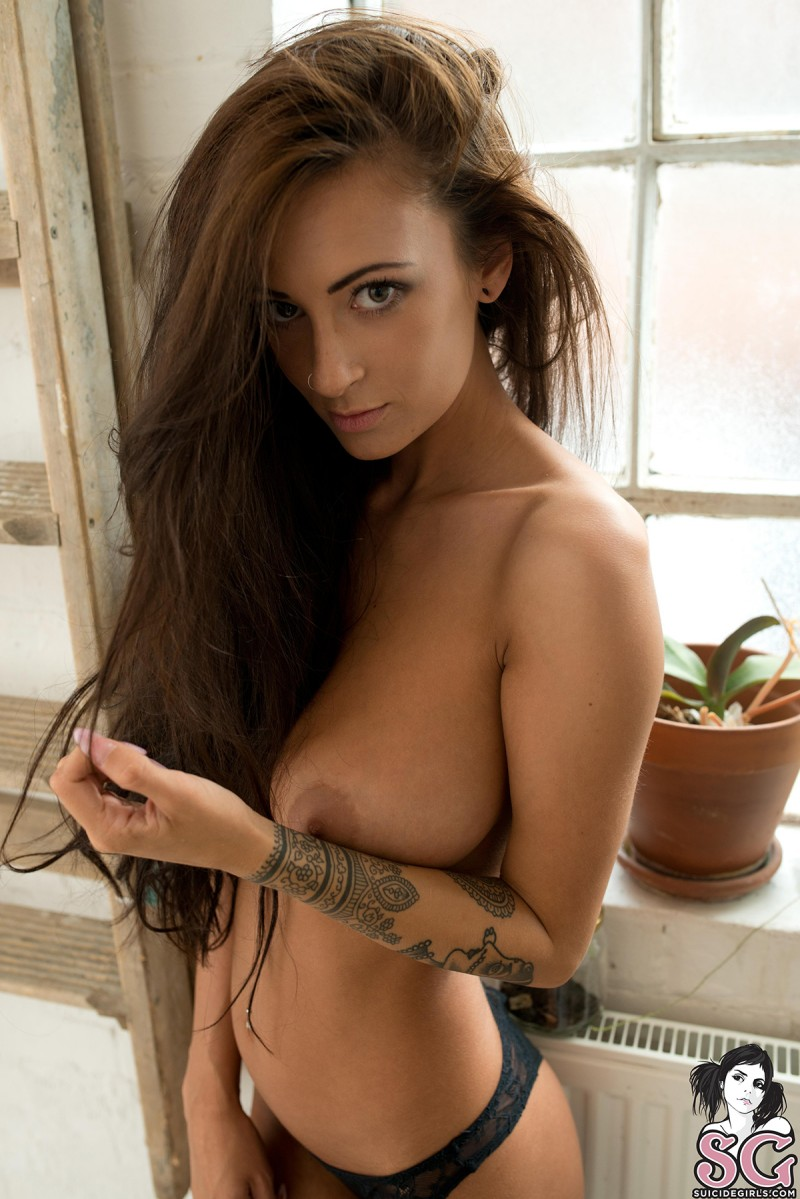 suicide girl congok naked