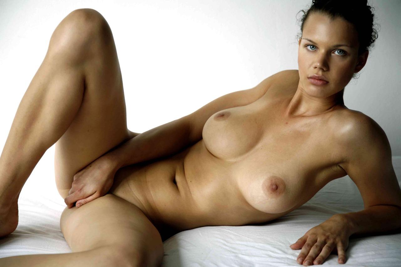 Aliona Nude aliona naked erotic photosmike dowson 18 redbust
