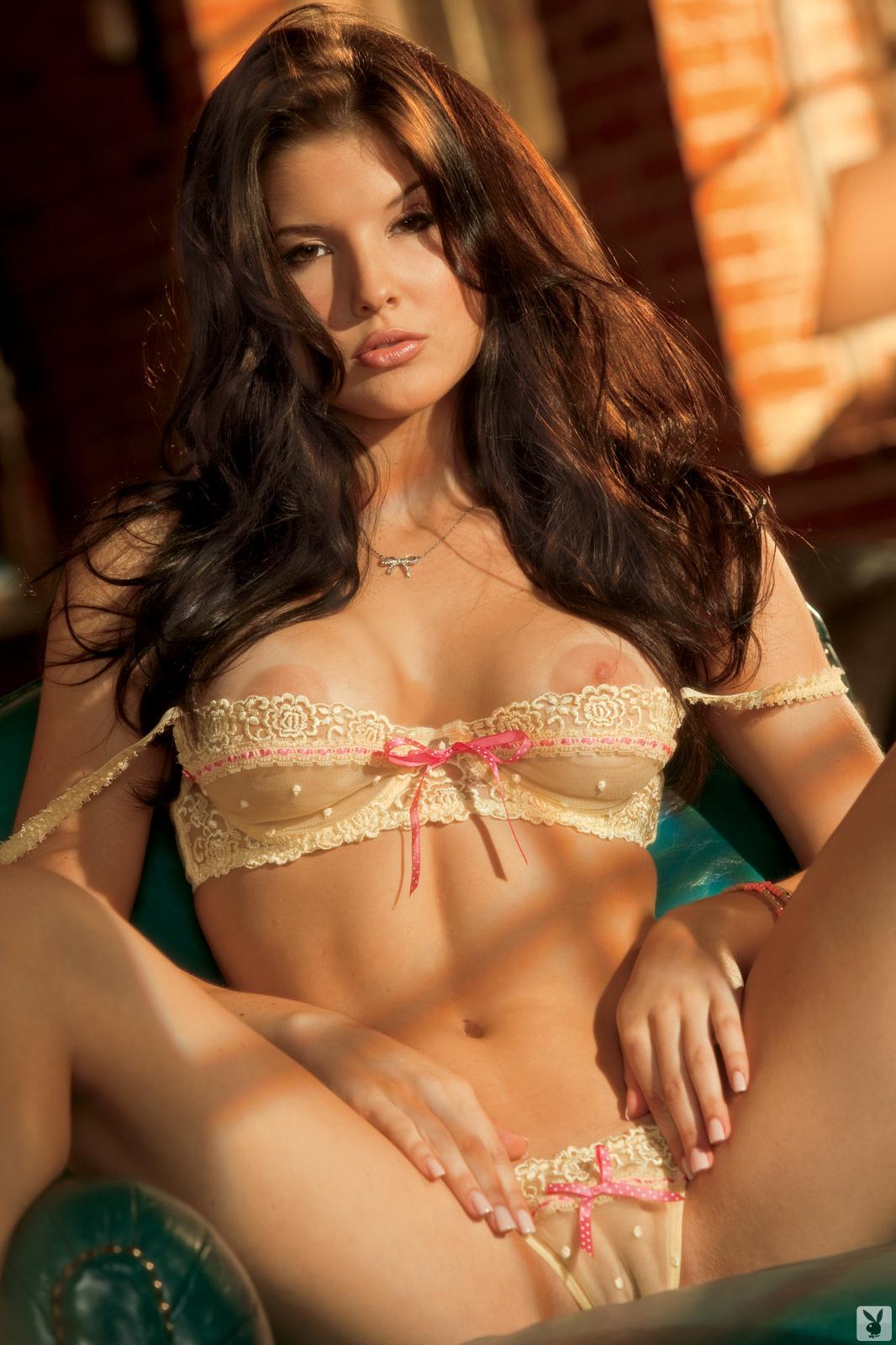 Cerny nude pic amanda Amanda Cerny