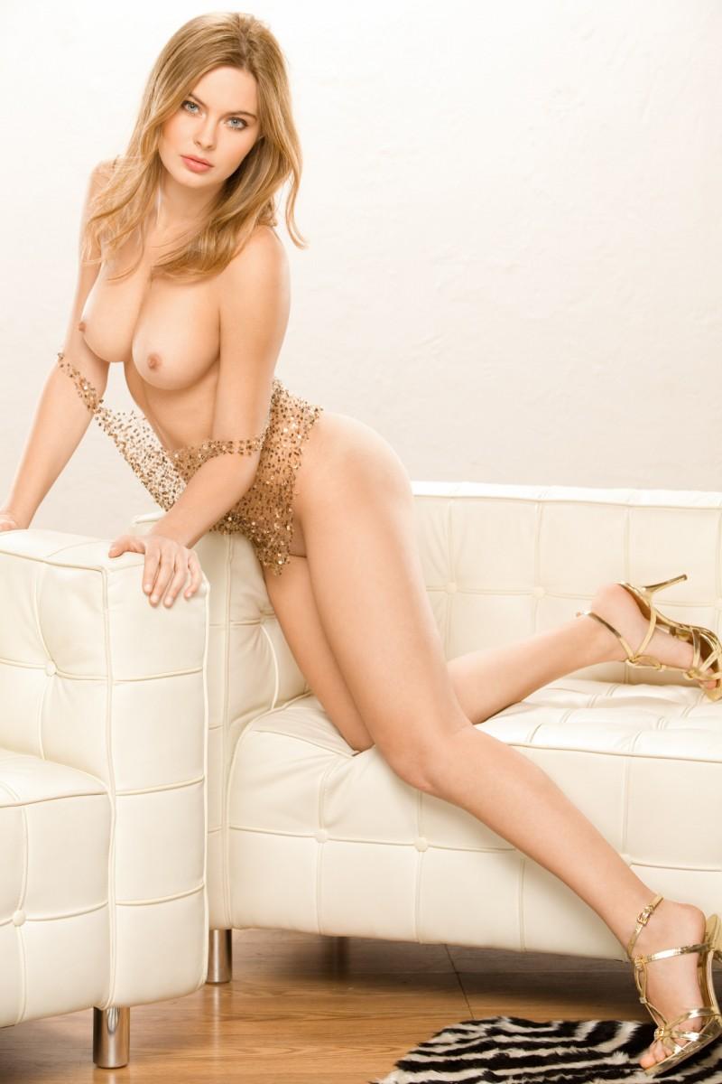 Amanda Streich  nackt