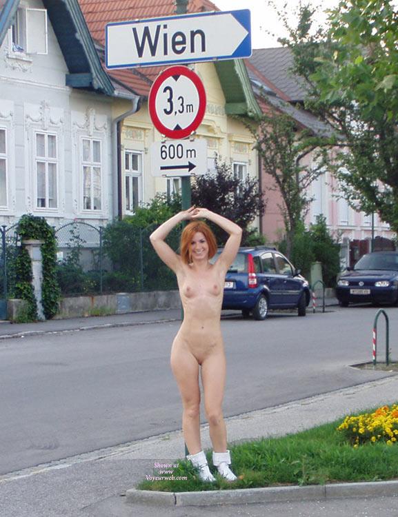 amateur-redhead-nude-in-public-23