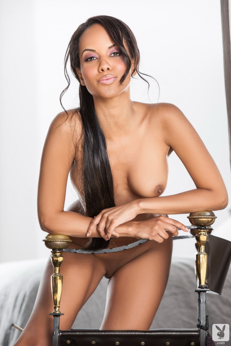 Amina Malakona - Redbust-3025