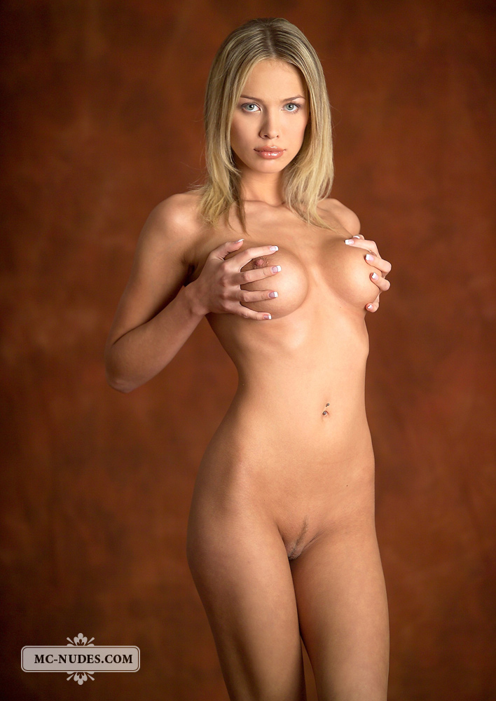 Nackt anastasia braun Anastasia nude