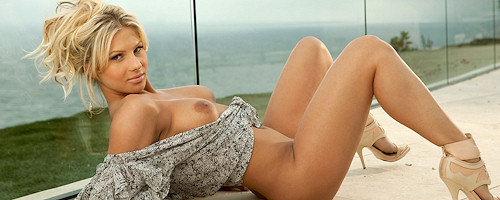Angelina Polska on the terrace