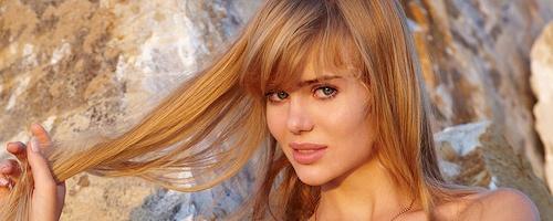 Annika – Long hair beauty