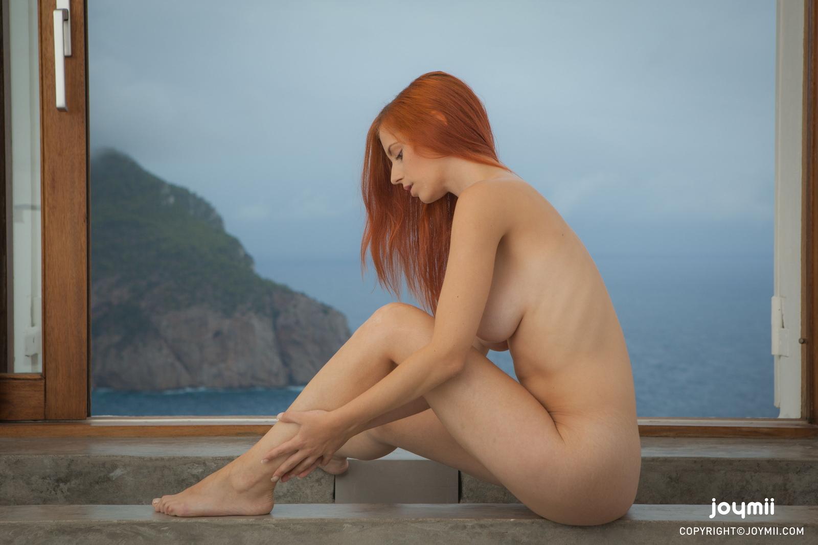 ariel-redhead-bathroom-naked-boobs-joymii-01
